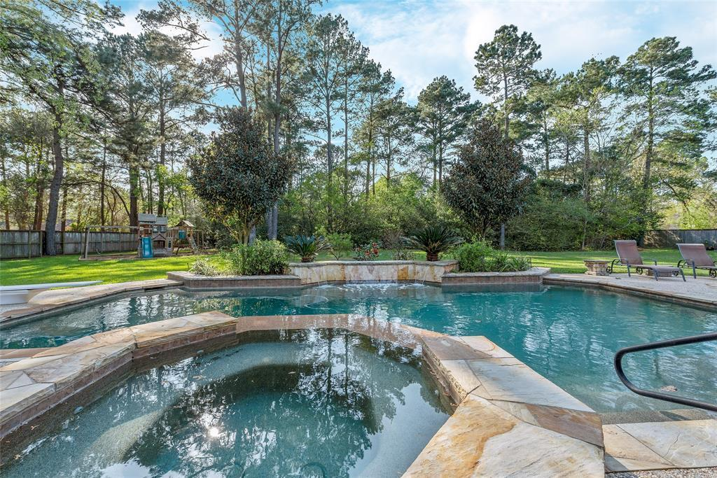 Active | 16915 Hereford Drive Tomball, TX 77377 35