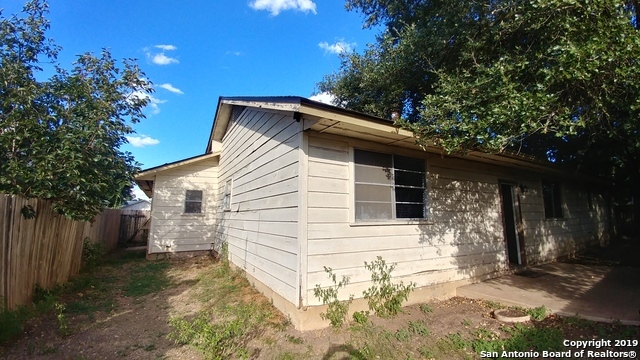 Property for Rent | 8307 LOU GEHRIG ST  San Antonio, TX 78240 24