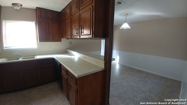 Property for Rent | 8307 LOU GEHRIG ST  San Antonio, TX 78240 7