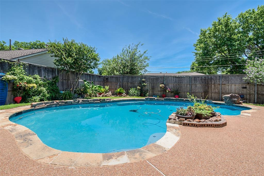 Sold Property | 910 Mcdonald Drive Garland, TX 75041 6