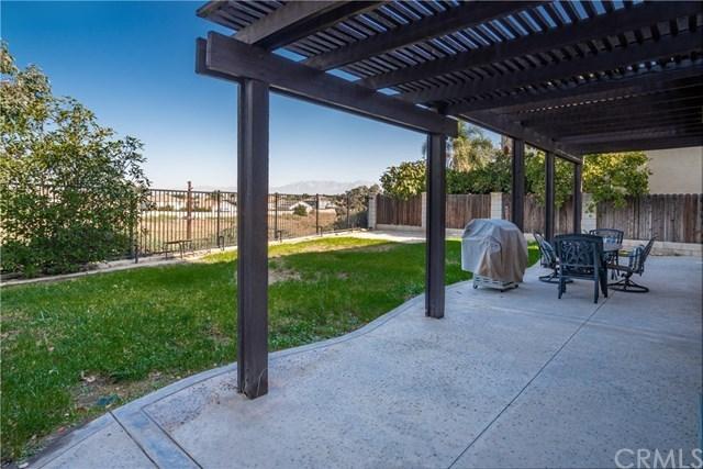 Closed   860 Amherst Street Corona, CA 92880 19