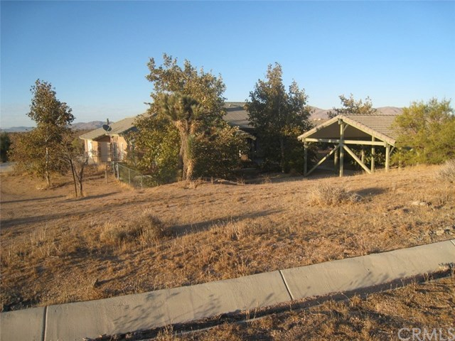 Closed   23367 Ocotillo Apple Valley, CA 92308 1