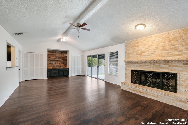 Property for Rent | 13815 CRESTED RISE  San Antonio, TX 78217 12
