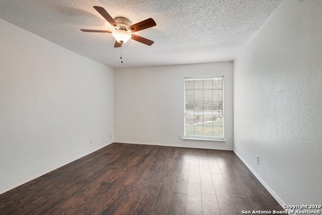 Property for Rent | 13815 CRESTED RISE  San Antonio, TX 78217 17