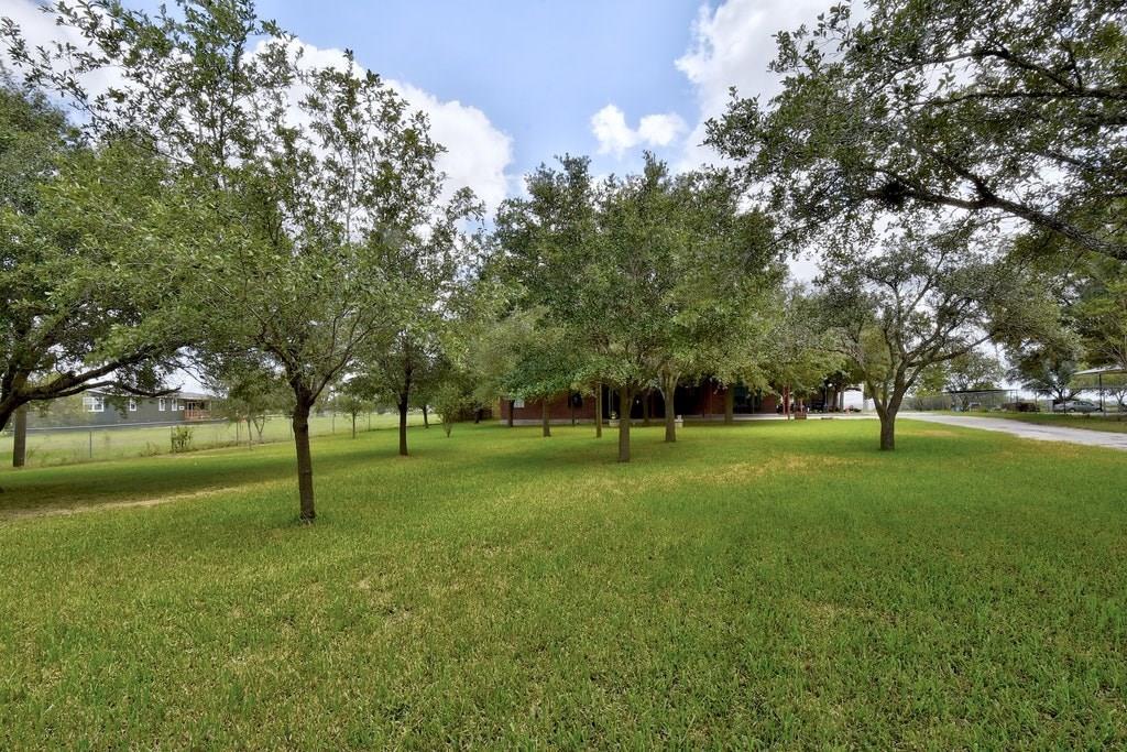 Active | 695 Still Meadow Road Seguin, TX 78155 2