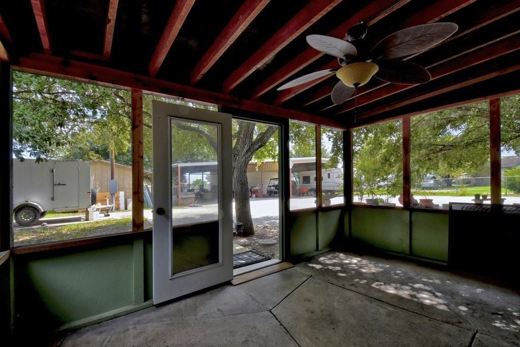 Active | 695 Still Meadow Road Seguin, TX 78155 16