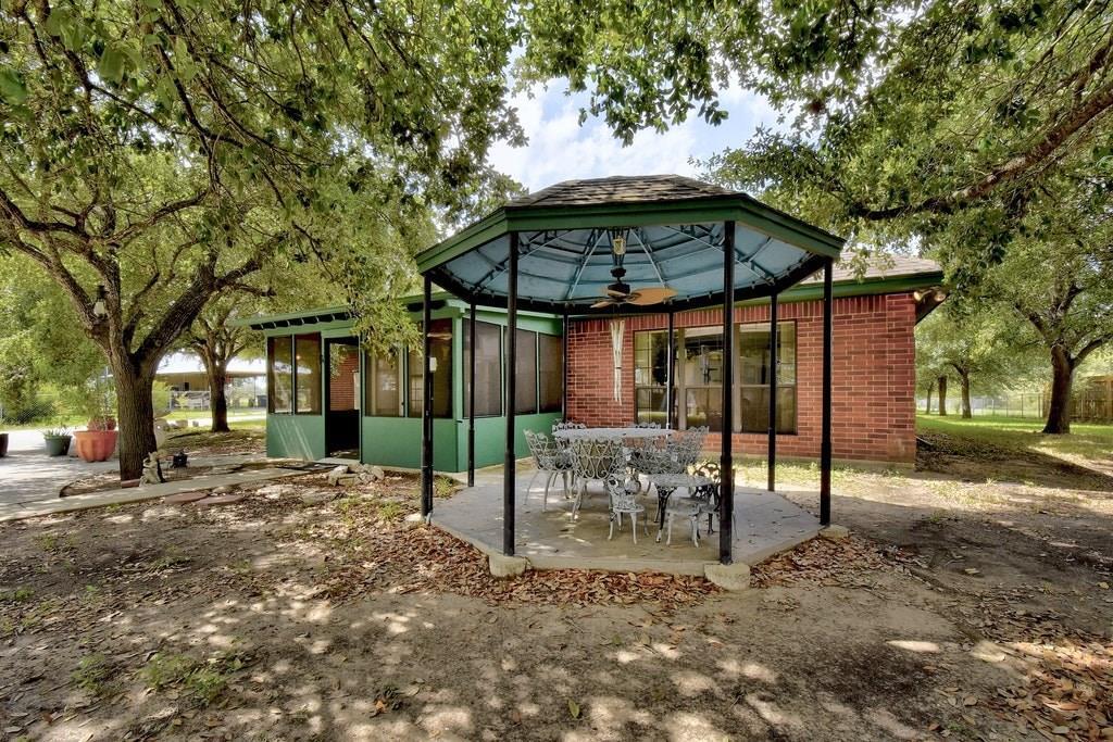 Active | 695 Still Meadow Road Seguin, TX 78155 17