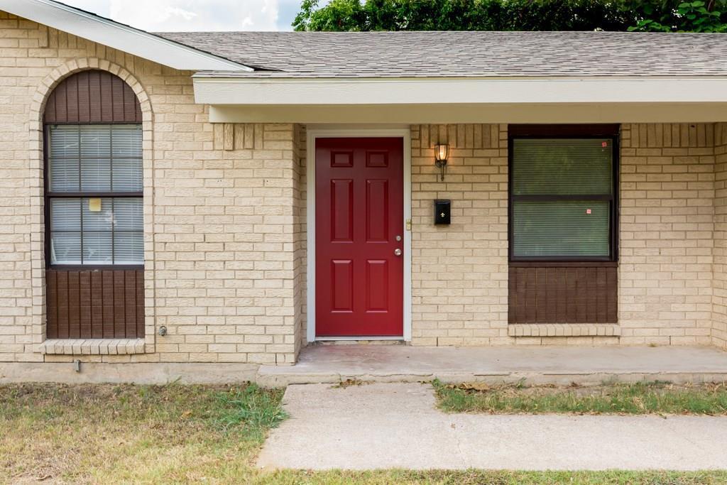 Sold Property | 2605 Laurel Street Grand Prairie, TX 75050 2