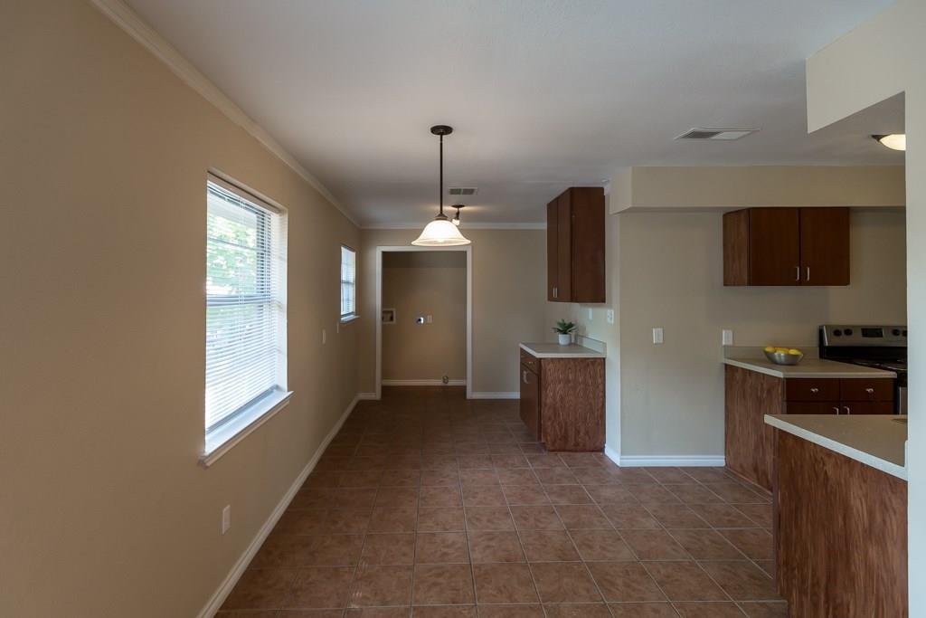 Sold Property | 2605 Laurel Street Grand Prairie, TX 75050 11