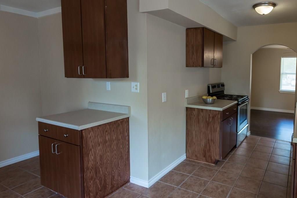 Sold Property | 2605 Laurel Street Grand Prairie, TX 75050 12