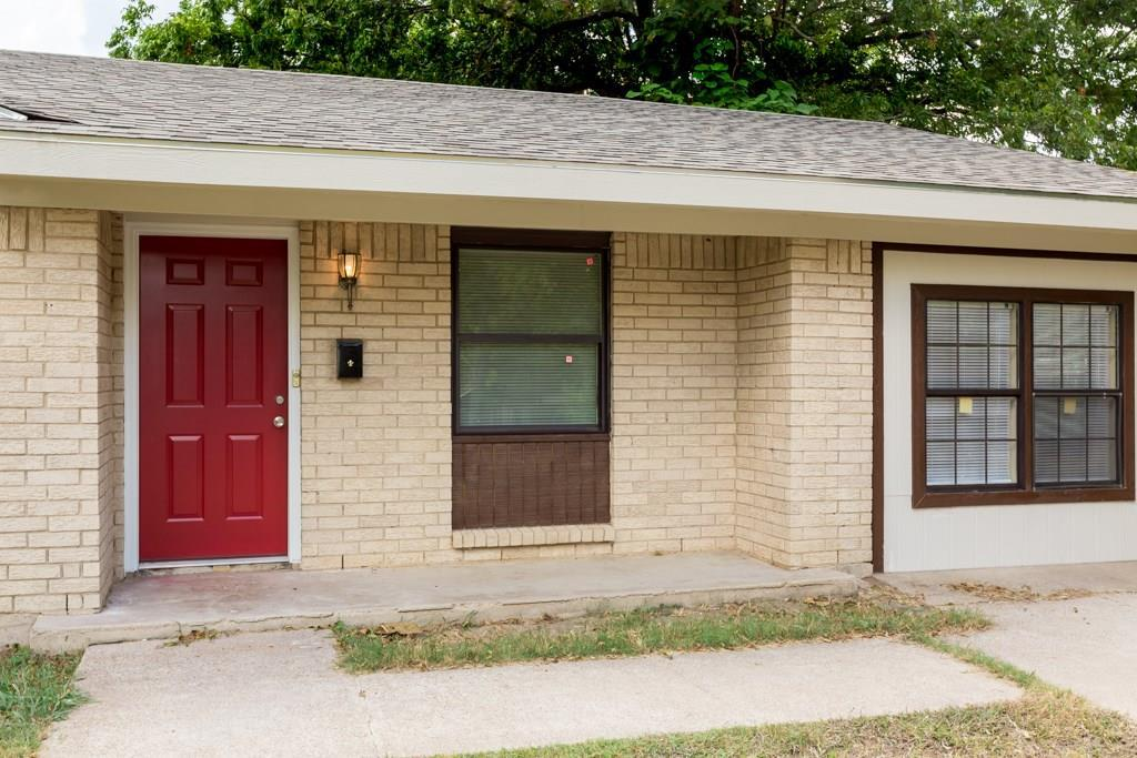 Sold Property | 2605 Laurel Street Grand Prairie, TX 75050 4