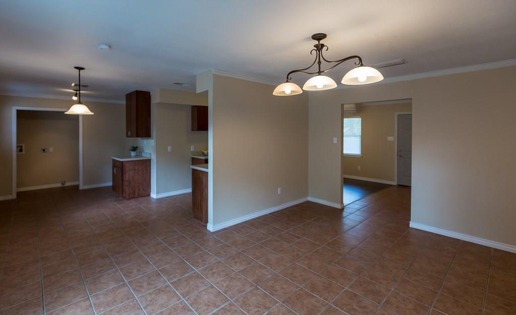 Sold Property | 2605 Laurel Street Grand Prairie, TX 75050 8