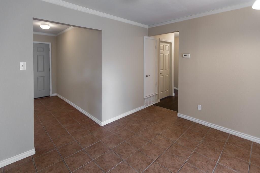 Sold Property | 2605 Laurel Street Grand Prairie, TX 75050 10