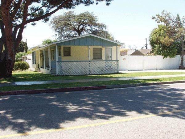 Closed | 1043 N Enid  Avenue Azusa, CA 91702 0