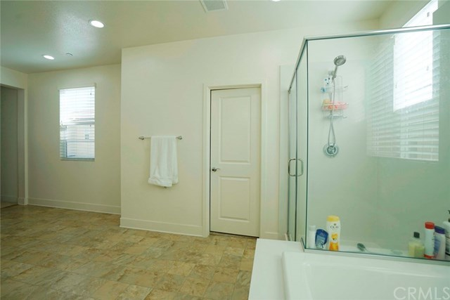Active | 11539 Solaire Way Chino, CA 91710 9