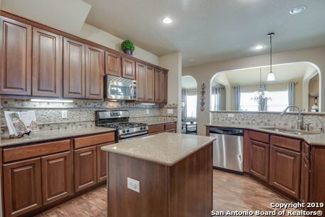 Active   8914 Saxon Forest  Helotes, TX 78023 9