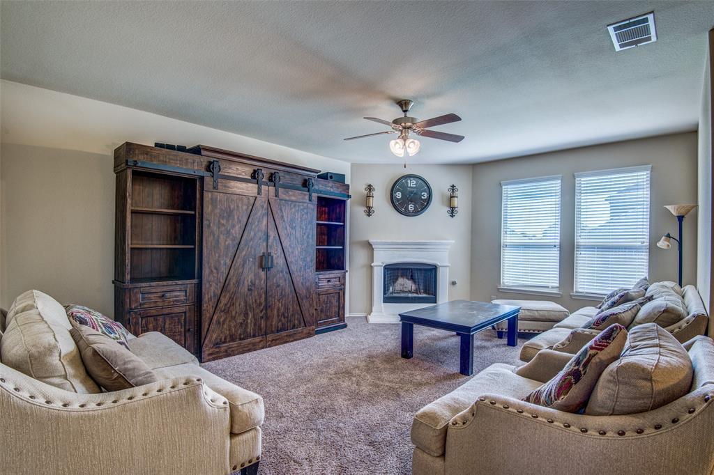 Active | 848 Lake Woodland Drive Little Elm, TX 75068 4