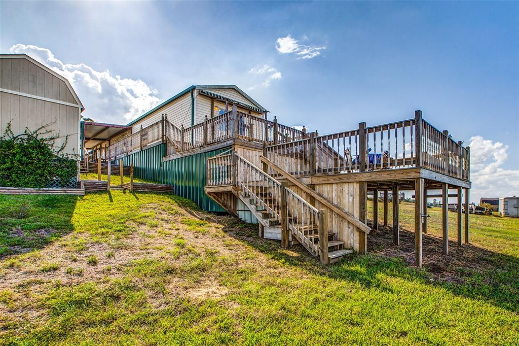 Waterfront,La Livingston lakefront, live on the water Lake Livingston | 700 Lagoon Drive Point Blank, TX 77364 2