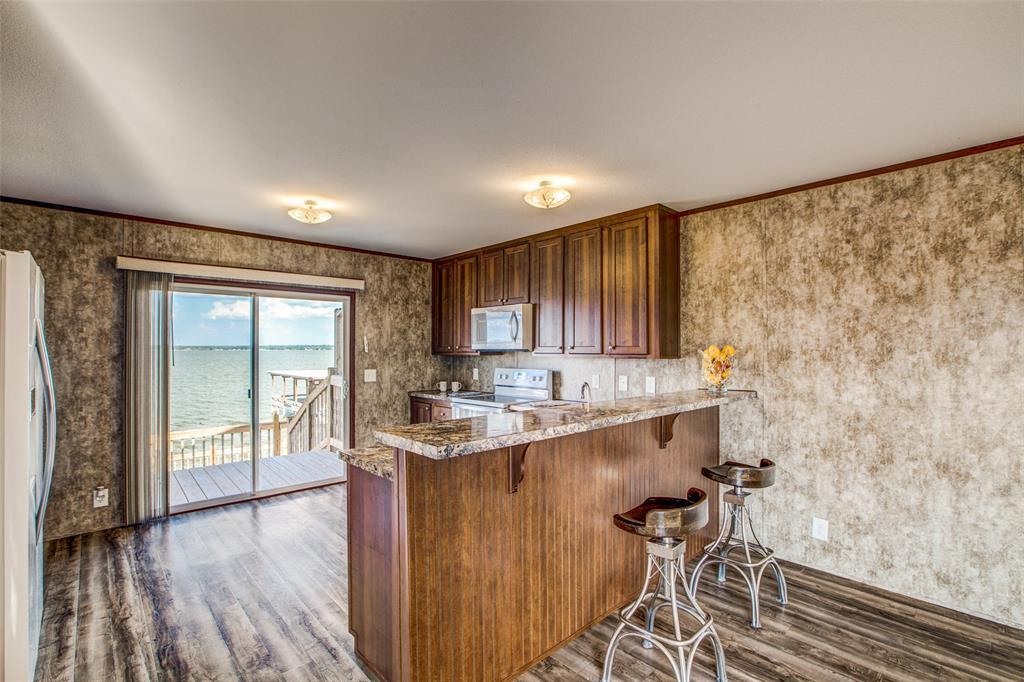 Waterfront,La Livingston lakefront, live on the water Lake Livingston | 700 Lagoon  Drive Point Blank, TX 77364 15