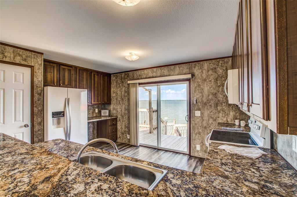 Waterfront,La Livingston lakefront, live on the water Lake Livingston | 700 Lagoon  Drive Point Blank, TX 77364 18