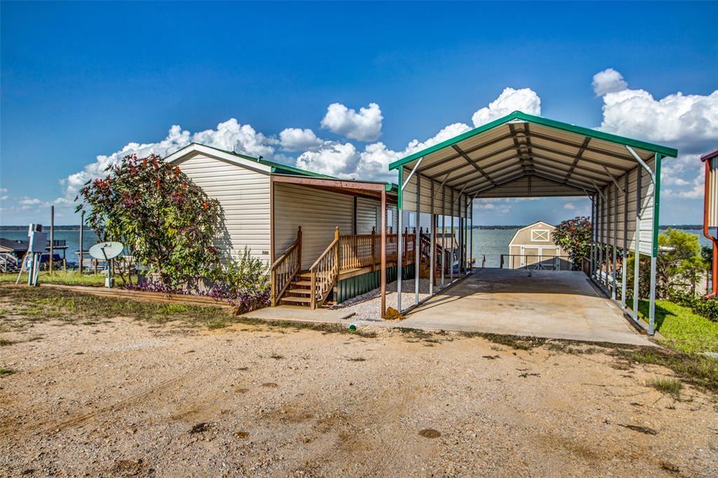 Waterfront,La Livingston lakefront, live on the water Lake Livingston | 700 Lagoon  Drive Point Blank, TX 77364 4