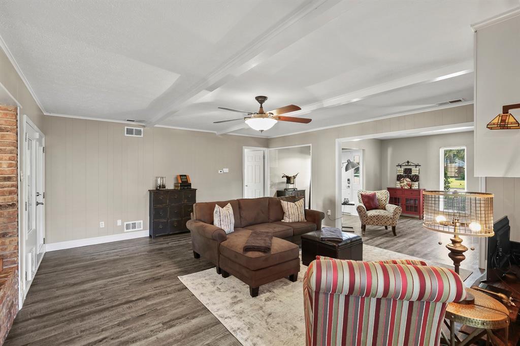 DFW Real Estate | 912 Sandalwood Avenue Richardson, TX 75080 15