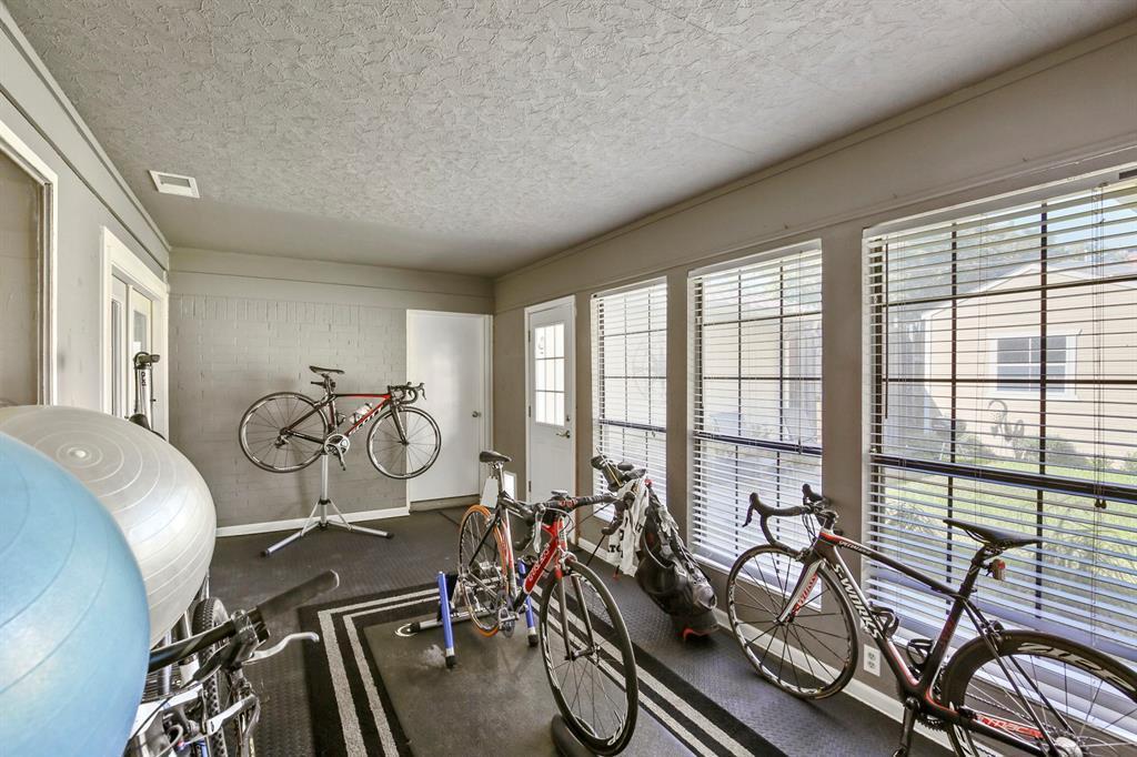 DFW Real Estate | 912 Sandalwood Avenue Richardson, TX 75080 30