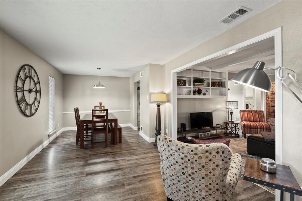DFW Real Estate | 912 Sandalwood Avenue Richardson, TX 75080 5
