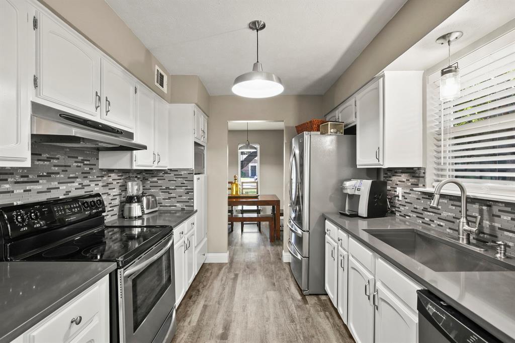 DFW Real Estate | 912 Sandalwood Avenue Richardson, TX 75080 11