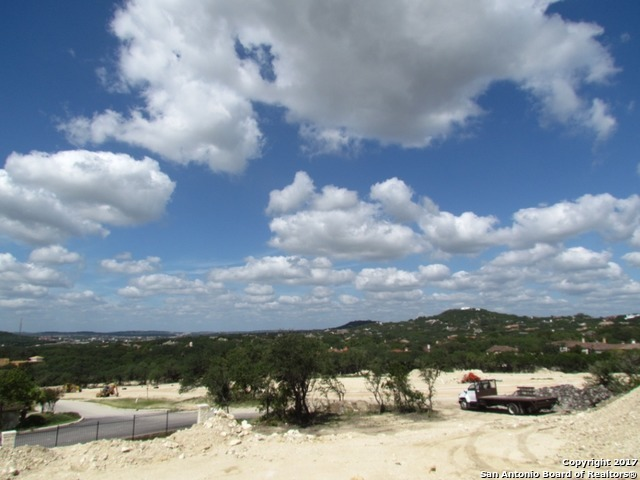 Active | 37 Loma View  San Antonio, TX 78257 3