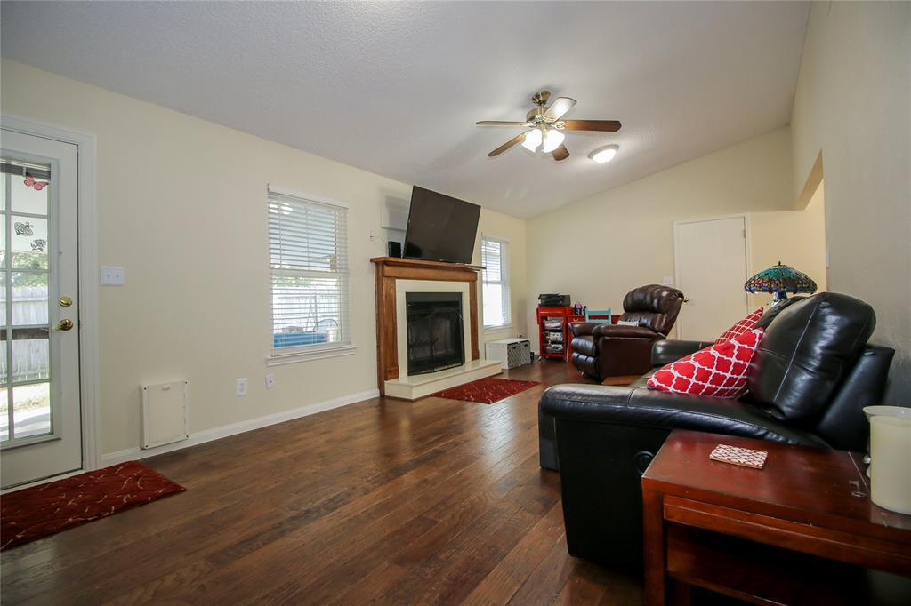 Sold Property | 650 Cherokee Trail Keller, TX 76248 4