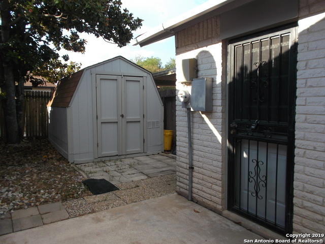 Active Option | 125 MEADOWLAND  Universal City, TX 78148 19