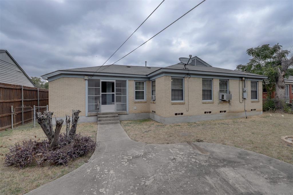 Sold Property   5016 Thrush Street Dallas, TX 75209 18