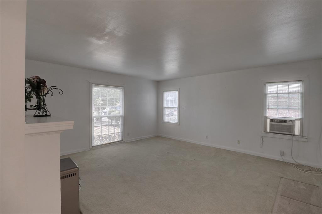 Sold Property   5016 Thrush Street Dallas, TX 75209 7