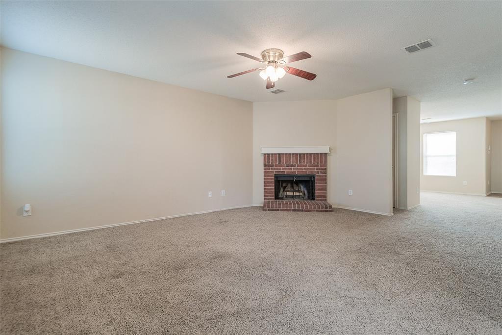 Property for Rent | 2309 Chestnut Drive Little Elm, TX 75068 11