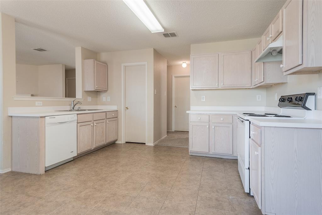 Property for Rent | 2309 Chestnut Drive Little Elm, TX 75068 15