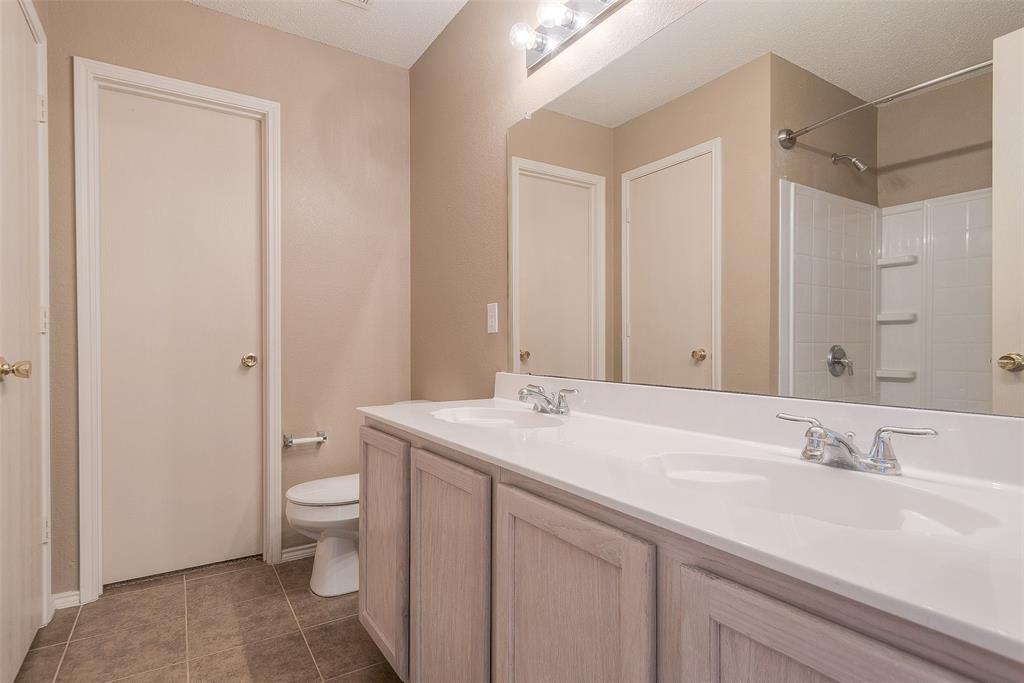 Property for Rent | 2309 Chestnut Drive Little Elm, TX 75068 19