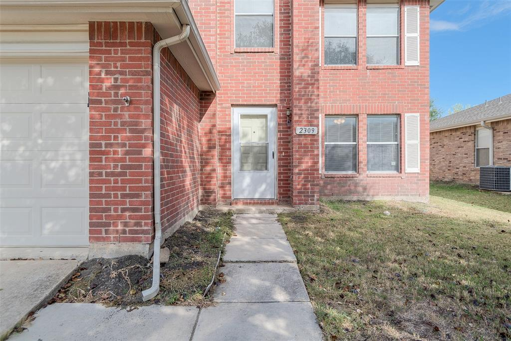 Property for Rent | 2309 Chestnut Drive Little Elm, TX 75068 2