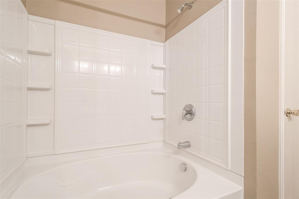 Property for Rent | 2309 Chestnut Drive Little Elm, TX 75068 20