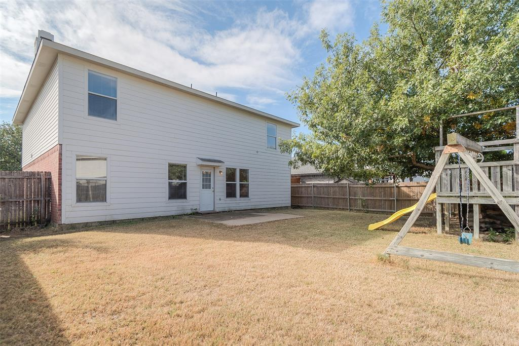 Property for Rent | 2309 Chestnut Drive Little Elm, TX 75068 3