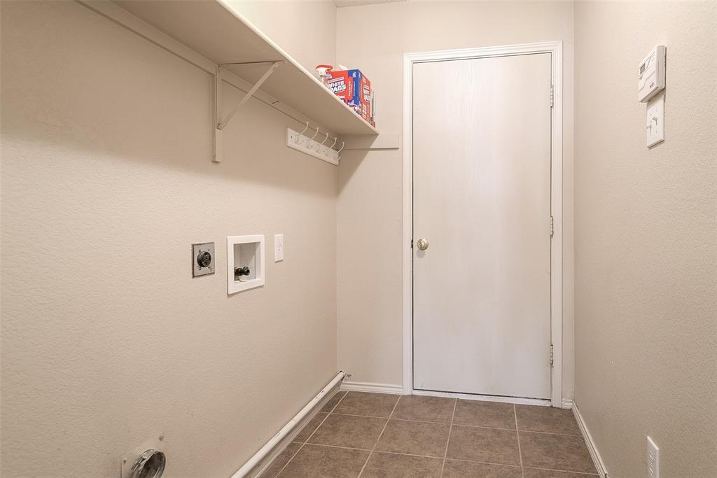 Property for Rent | 2309 Chestnut Drive Little Elm, TX 75068 8