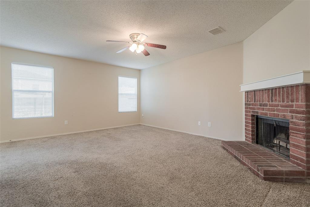 Property for Rent | 2309 Chestnut Drive Little Elm, TX 75068 9
