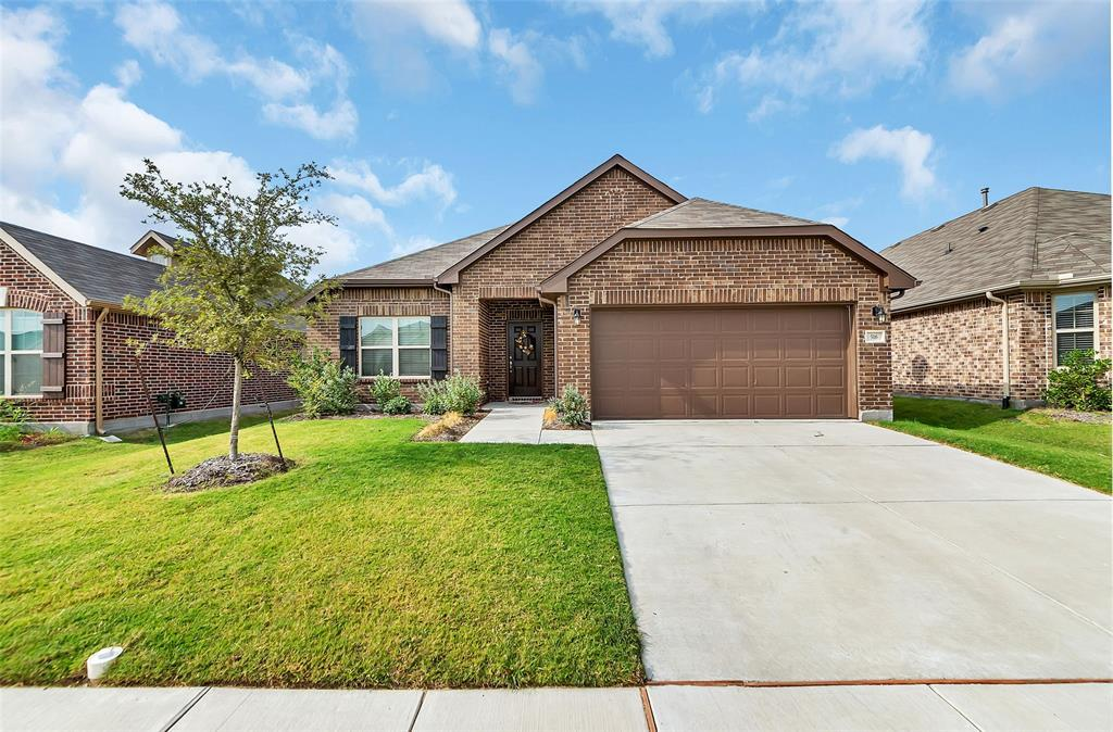 Active | 516 Fossil Creek Drive Little Elm, TX 75068 0