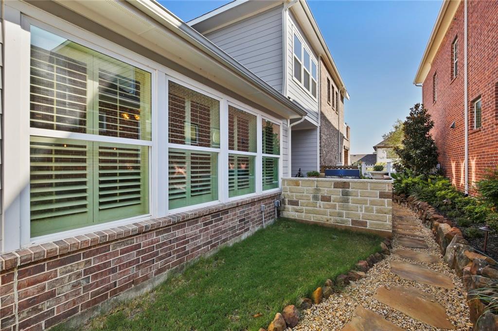 Sold Property | 2305 Pearl Street McKinney, Texas 75071 36