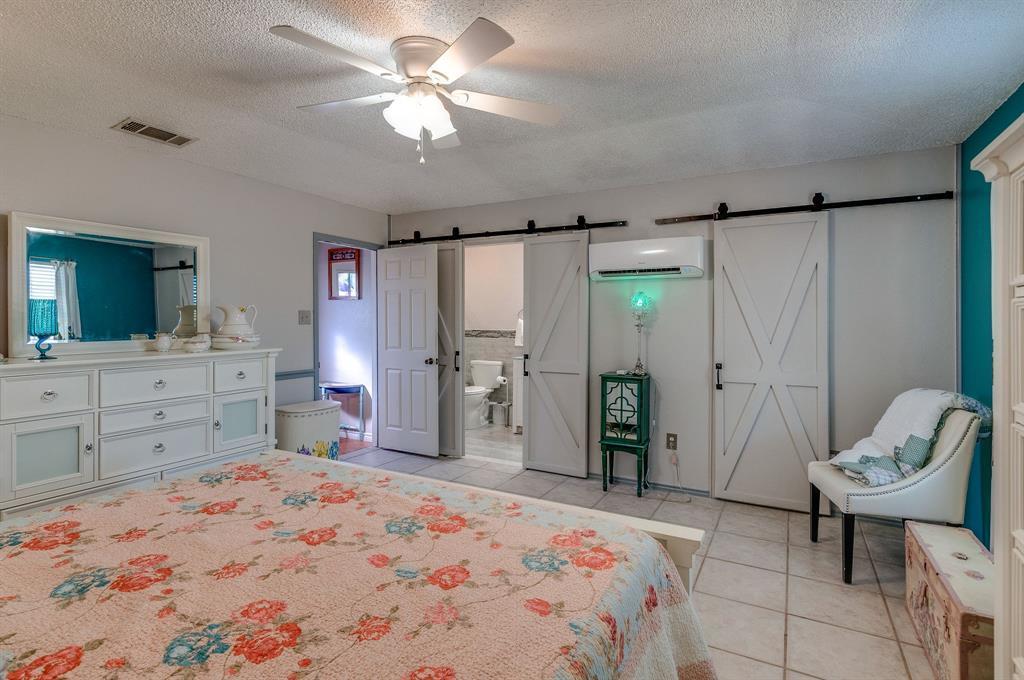 Pending | 2113 N County Road 810  Alvarado, TX 76009 21