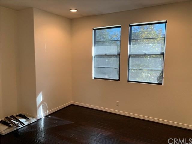Closed | 609 W 1st Street Claremont, CA 91711 11