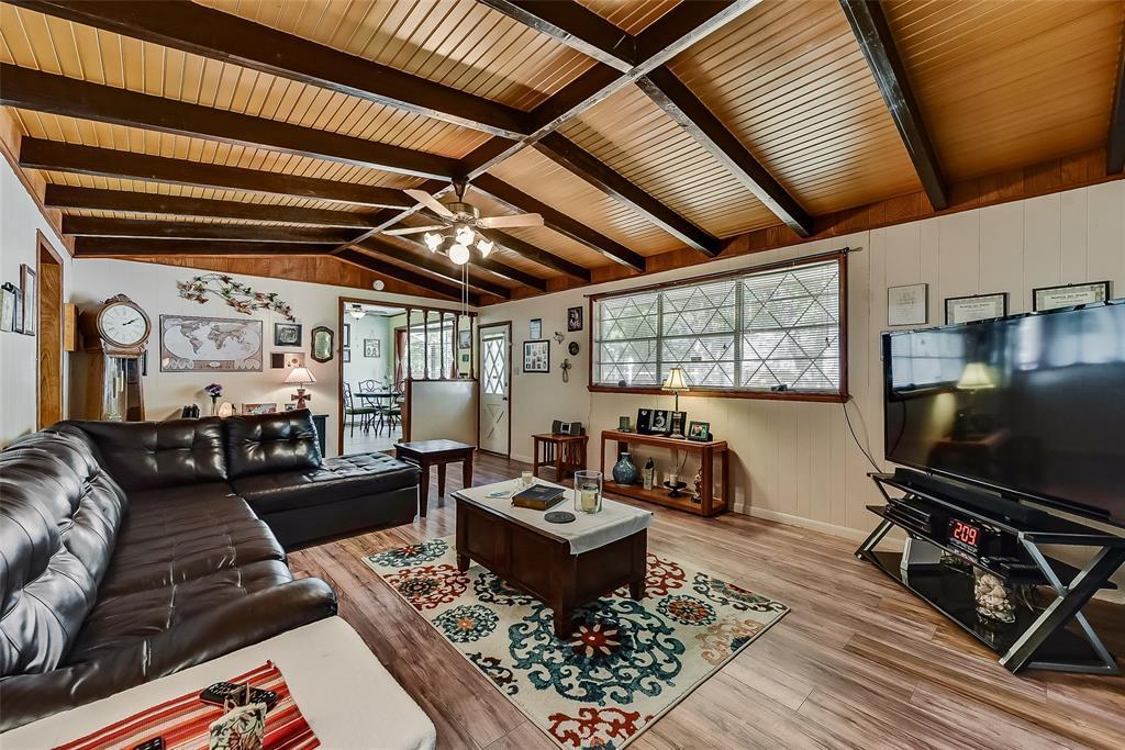Sold Property | 304 W Goss Street Terrell, TX 75160 4