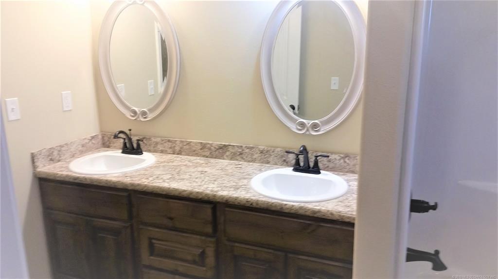 Sold Property | 324 Tribute Trail Chouteau, OK 74337 13