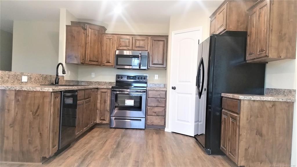 Sold Property | 324 Tribute Trail Chouteau, OK 74337 8