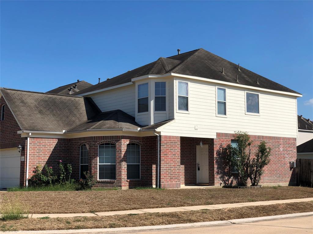 Active | 18539 Alemarble Oak Street Cypress, TX 77429 2